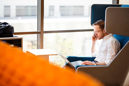 Tres puntos a considerar antes de contratar servicios bancarios en línea con tu banco