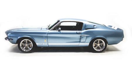 Este Shelby GT 500 de 1967 es un clásico modernizado con 609 CV, pero bastante caro