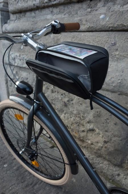 Essential, la bolsa para la bici que hará tu vida mucho más fácil este verano