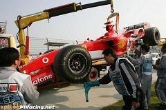 Schumacher, avisado en Shanghai