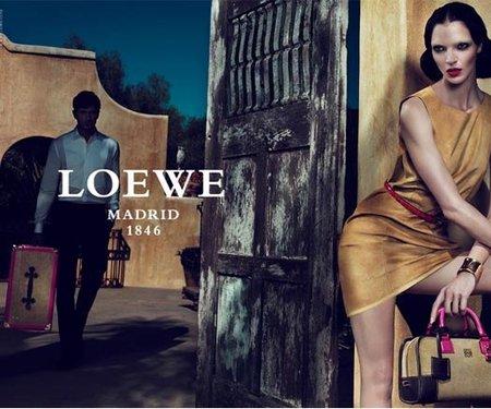 Campaña Primavera-Verano 2011 de la firma Loewe