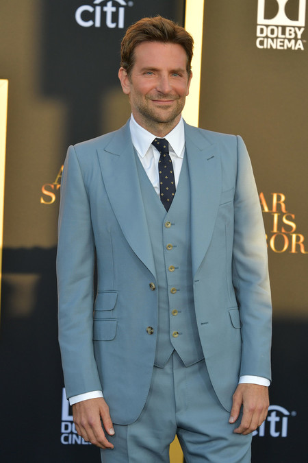 Bradley Cooper Vuelve A Vestir A Una De Sus Disenadoras Favoritas Para La Premire De A Star Is Born 2