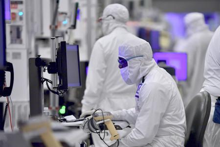 Intel Manufacturing 13