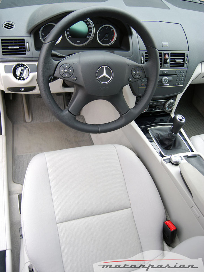 Foto de Mercedes Clase C 200 CDI BlueEfficiency (prueba) (19/56)