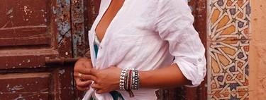 Viva la sencillez bien entendida: 15 camisas blancas por menos de 30 euros con un toque especial (y no son de Zara)
