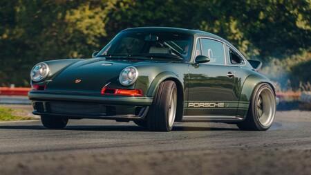 Este Porsche 911 restomod es una maravilla de 507 CV creada por Singer, cuesta más de dos millones y los merece