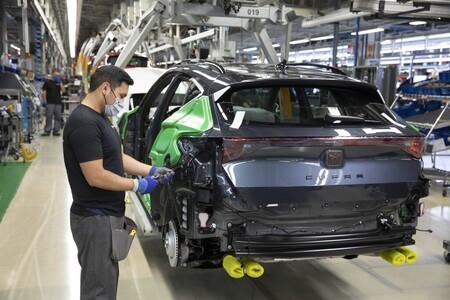 La falta de semiconductores para coches amenaza el puesto de trabajo de 550 personas en SEAT