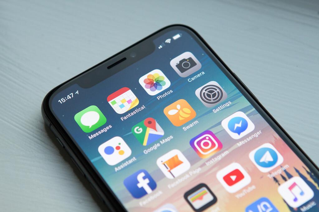 Apple arroja iOS™ 12.5.1 para resolver problemas con la comunicación de exposición al COVID-19 en prototipos viejos de iPhone