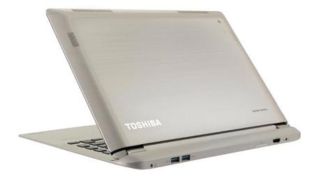 Toshiba Satellite PW30 Trasera