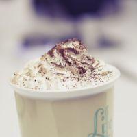 El café que compras puede tener más azúcar que un refresco