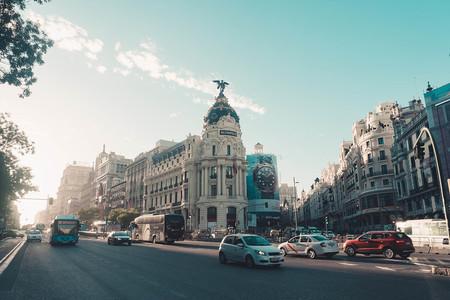 Alerta por contaminación en 26 ciudades de España: un cóctel asfixiante no sólo causado por los coches