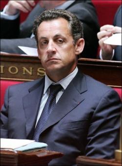 Presidente Sarkozy premia la amenaza y la criminalidad