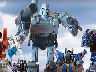 Alguien recreó de forma magistral la introducción de la serie animada de 'Transformers' de 1984 con juguetes en stop-motion