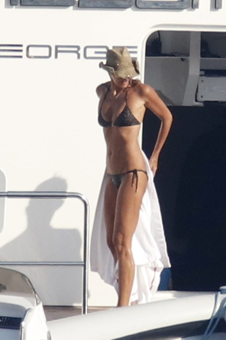 Elle Macpherson Bikini Marronjpg