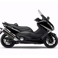 Foto 2 de 25 de la galería yamaha-t-max-2012-fotos-de-estudio en Motorpasion Moto