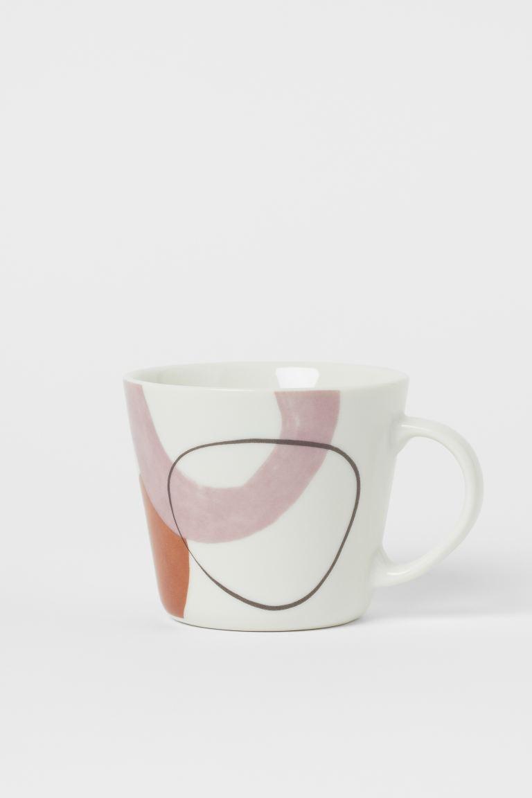 Taza de porcelana con diseño