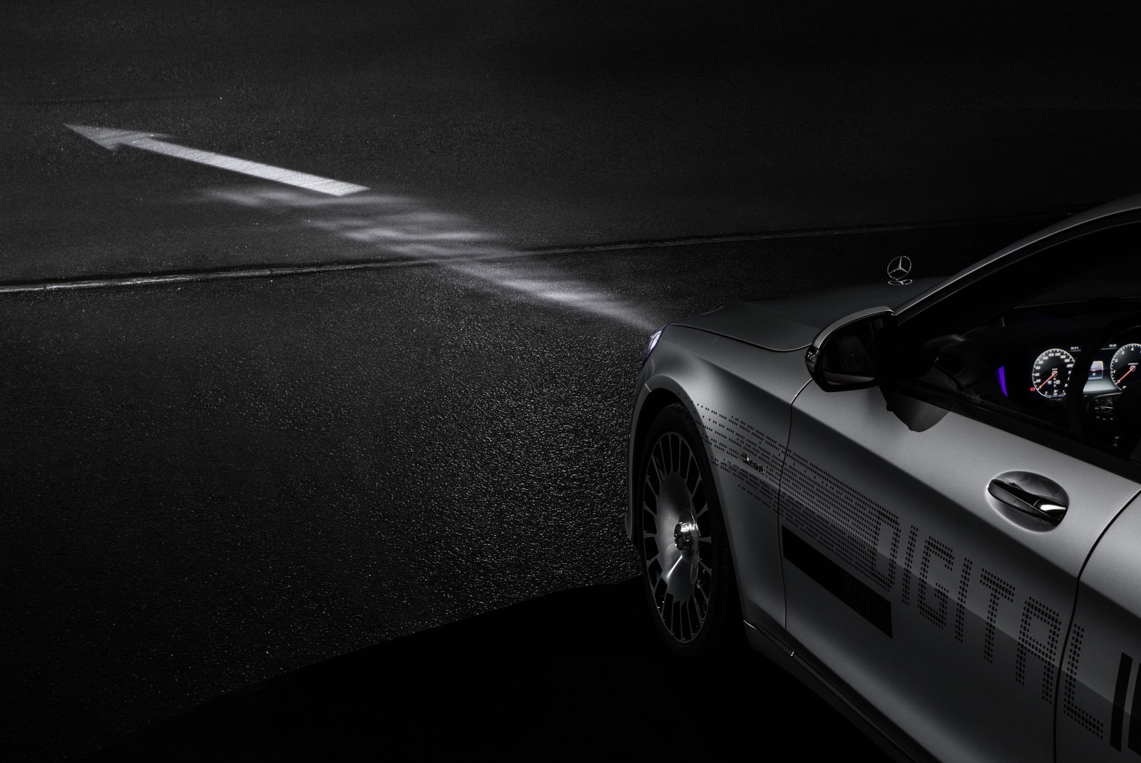 Foto de DIGITAL LIGHT de Mercedes-Benz (2/9)