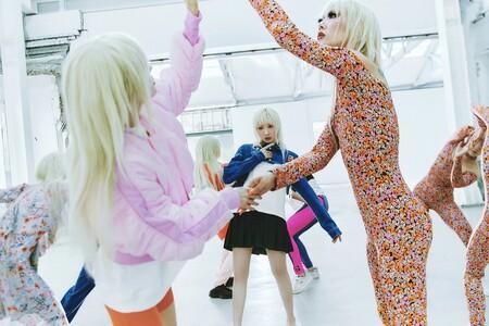 Purple Magazine colabora con Zara para crear una colección rompedora, futurística y llena de fantasía