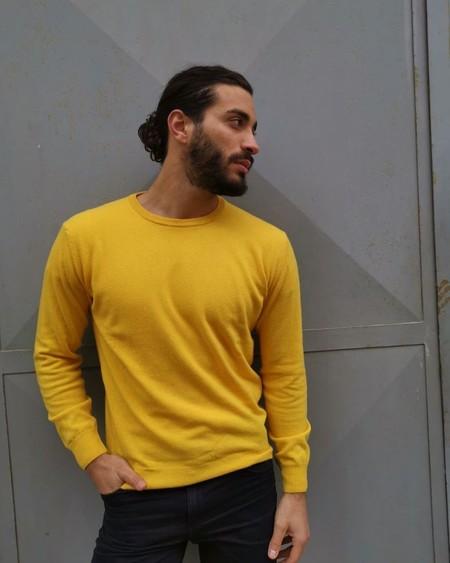Alerta Amarilla Pitti Uomo Yellow Looks Street Style 2020 04