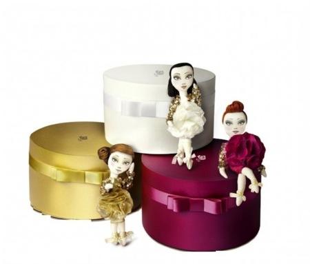 Muñecas de alta costura por el diseñador Andrew Yang