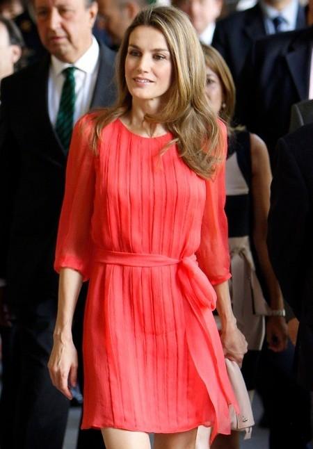 Identificamos 5 claves del último look de la princesa Letizia: ir natural es su apuesta segura