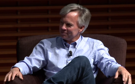 "Ron Johnson: ""La gente sigue yendo a las Apple Store por el simple hecho de ir"""