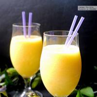 Smoothie de piña, mango y agua de coco. Receta
