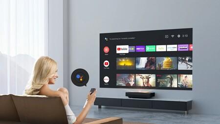 XGIMI lanza Aura, un proyector láser 4K de tiro ultracorto con Android TV 10, hasta 150 pulgadas y sonido Harman Kardon