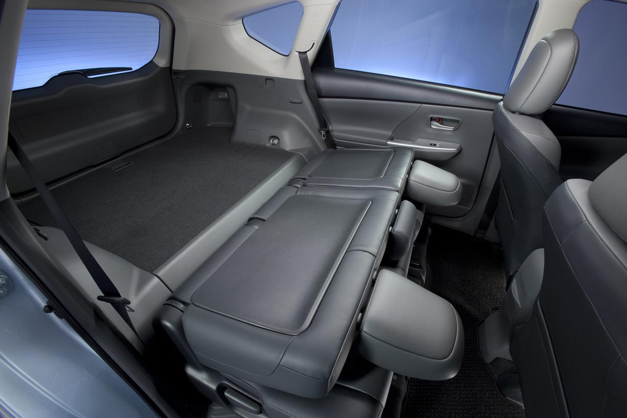 Foto de 2011 Toyota Prius v (74/77)