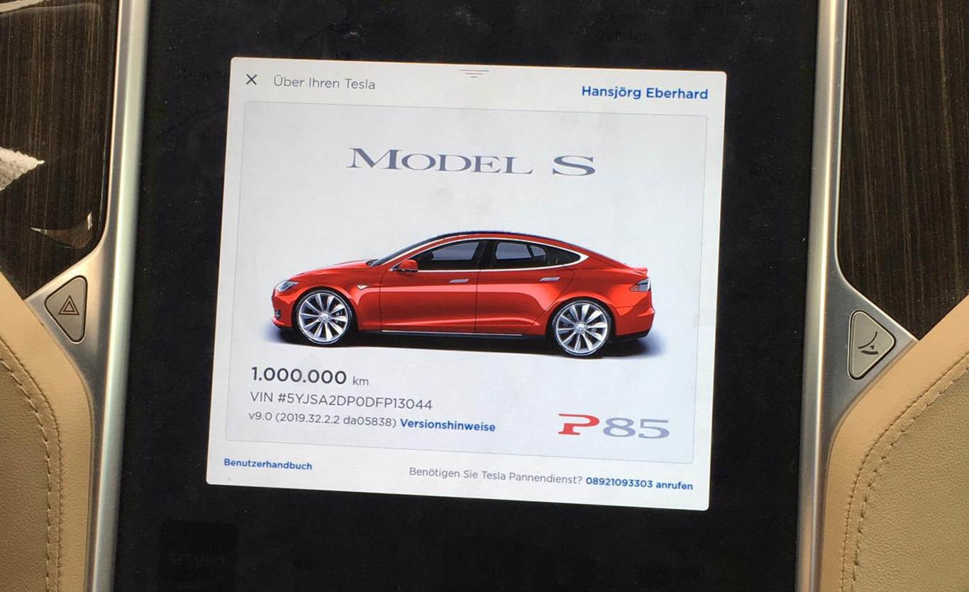 La gesta de este Tesla Model S P85: más de un millón de kilómetros recorridos, y sólo ha cambiado de batería...