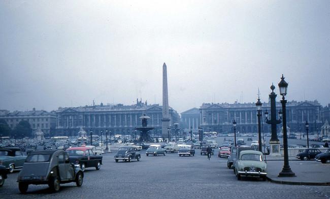 Circulación de coches en París, 1960
