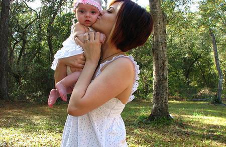 Diez razones por las que se recomienda coger a los niños en brazos (I)