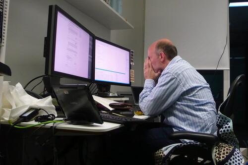 Empresa busca programador (y polémica): cuando las pruebas de selección camuflan trabajo gratuito