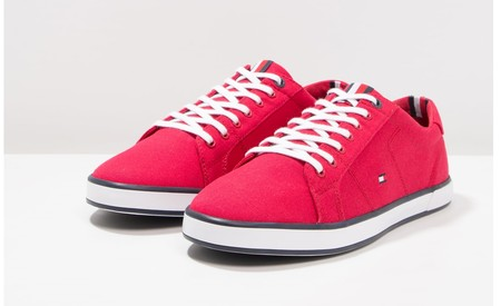 45% de descuento en las zapatillas Harlow de Tommy Hilfiger en rojo: ahora cuestan 32,95 euros en Zalando