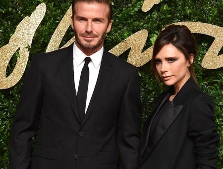 Victoria y David Beckham vuelven a hacerlo: conquistarnos con su estilazo combinado en pareja