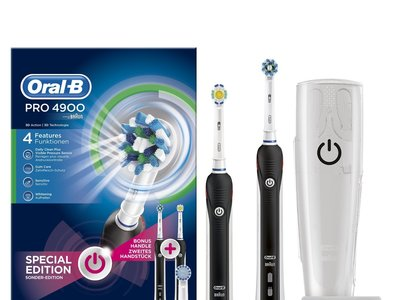 Pack de 2 cepillos eléctricos Oral-B Pro 4900 por 83 euros