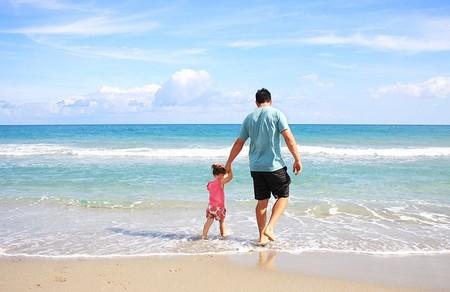 ¿Tienes o vas a tener un hijo? Así influyen tus descendientes en lo que pagas por IRPF