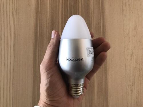 Smart Light Bulb de Koogeek: la bombilla inteligente compatible con HomeKit más barata del momento