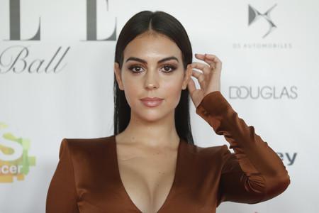 Paula Echevarría y Georgina Rodríguez se apuntan a la misma tendencia en la gala contra el cáncer de Elle
