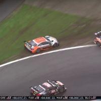"""""""Schieb ihn raus!"""" (¡Empújalos fuera!): Audi juega sucio en la DTM y paga por ello"""
