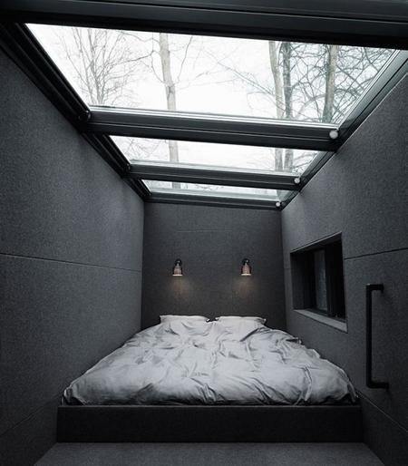 Vipp Shelter Bed