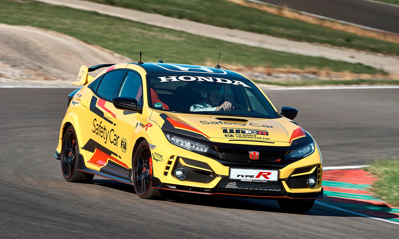 Foto de Honda Civic Type R Limited Edition Safety Car WTCR 2020 (2/9)