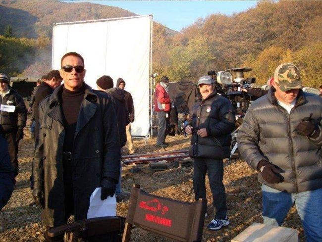 Van Damme durante el rodaje de Los Mercenarios 2