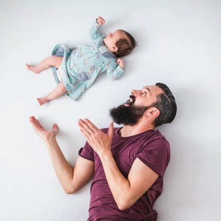 Dad Baby Girl Playful Photography Ania Waluda Michal Zawer 22