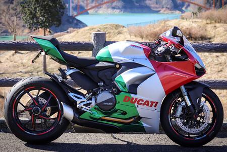 La preciosa Ducati Panigale V2 Tricolore es la Panigale V2 que falta en el catálogo de Ducati