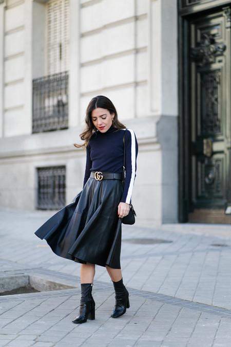 Como Combinar Falda Cuero Negra 11