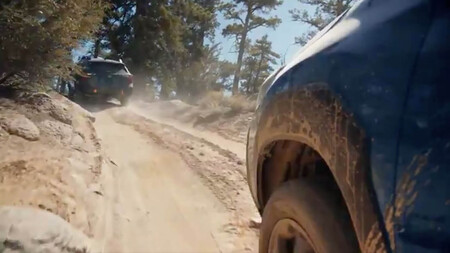 Subaru Forester Wilderness paso de rueda avance