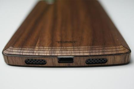 Toast Wood Cover un toque hermoso a tu Nexus 5