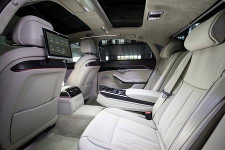 Audi A8 2018 plazas traseras