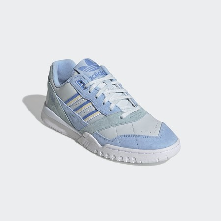 Deportivas Azul Pastel